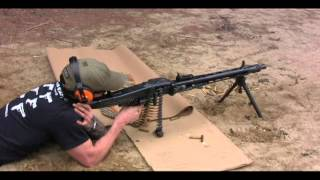 getlinkyoutube.com-German MG-42