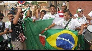 getlinkyoutube.com-وصول الجماهير الجزائرية الى البرازيل ويهولوها البرازيليون لم يفهموا شيئا Brasil 2014