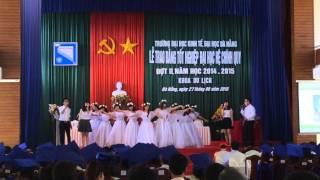 getlinkyoutube.com-Múa Bụi Phấn - KHOA DU LỊCH DUE