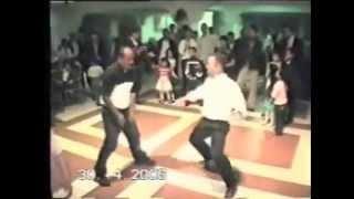 getlinkyoutube.com-II►Cheb Tahar (nkemel l'armé) funny dance - ادخل شوف خابطين احسن رقص
