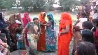 getlinkyoutube.com-आजमगढ़ विवाह गीत, नाच
