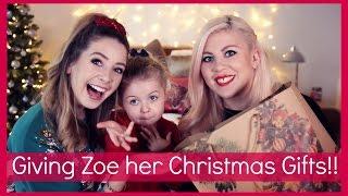 getlinkyoutube.com-Giving Zoe Her Christmas Presents!!