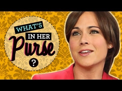 Nikki DeLoach Interview: The Awkward Star Talks What's in Her Purse!