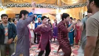 getlinkyoutube.com-Iski Uski Dance Shoot