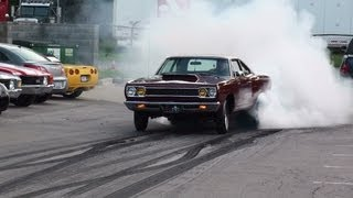 "getlinkyoutube.com-1968 1000hp Hemi Roadrunner Burnout ""Rat Poison"" GODFATHER Racing MORE HEMI'S"