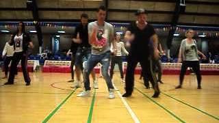 getlinkyoutube.com-Twist Twist Twist line dance