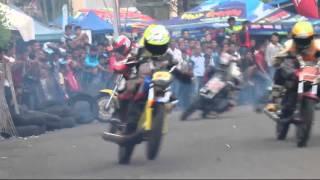 getlinkyoutube.com-Road Race payakumbuh, Insiden Kecelakaan Beruntun YAMAHA RX King Setelah Melewati Tikungan Tajam