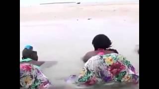 Wanawake Wa Tanzania Wakinengua Viuno
