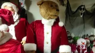 getlinkyoutube.com-Gemmy Animated Life size Dancing Santa Bear