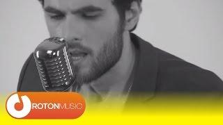 getlinkyoutube.com-Mihail - Ma ucide ea (Official Music Video)