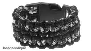 getlinkyoutube.com-How to Make a Wide (Double) Cobra Paracord Bracelet