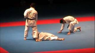 getlinkyoutube.com-Kata + Bunkai SUPARIMPEI by SPAIN - FINAL 46th EKF European Karate Championships