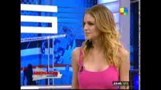 getlinkyoutube.com-Las infartantes modelos que incomodaron a Nicole Neumann