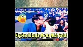 Adipati Cium Vanesha di Indonesia Choice Awards 2018, Depan Orang Banyak.