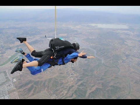 Short documentary: my first skydiving experience