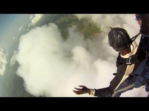Cloud Surfing Under a Tandem Parachute