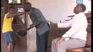 getlinkyoutube.com-Orijino komedi na mtoto unavyomlea ndivyo akuwavyo.