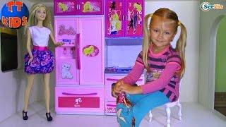 getlinkyoutube.com-КУХНЯ ДЛЯ КУКЛЫ БАРБИ Распаковка от Ярославы Игрушки для детей Kitchen for Barbie Doll Unboxing