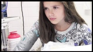 getlinkyoutube.com-EMMA IN THE HOSPITAL EMERGENCY ROOM! | KITTIESMAMA