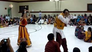 getlinkyoutube.com-Best Navratri Dandiya Garba Couple Performance 2010 - HD