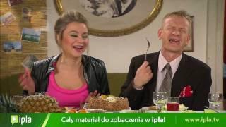 getlinkyoutube.com-Waldek przedstawia rodzicom swoją narzeczoną, Jolasię, czyli Pupcię - Świat według Kiepskich