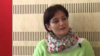 getlinkyoutube.com-Umetnost umetnosti: flavtistka Eva-Nina Kozmus (delovno gradivo)