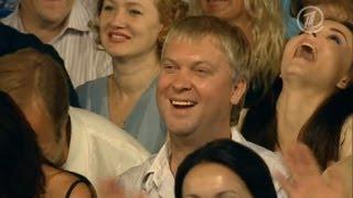 getlinkyoutube.com-КВН Скандальный номер с Медведевым