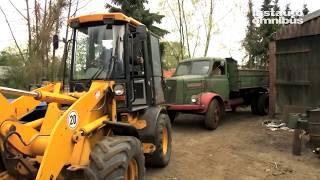 getlinkyoutube.com-MAN, Henschel, Ford - Spektakulärer Scheunenfund in Friesland