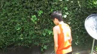 getlinkyoutube.com-Peeing on the Wall