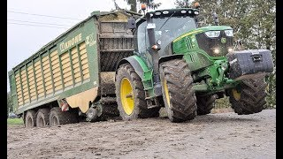 getlinkyoutube.com-John Deere Häcksler in Action | Case Quadtrac 550 | Chopping Maize | Farming | AgrartechnikHD