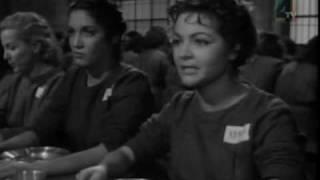 getlinkyoutube.com-PELEA MIROSLAVA VS SARA MONTIEL. Cárcel de mujeres.