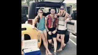 getlinkyoutube.com-Ashlyn Harris and Ali  Krieger