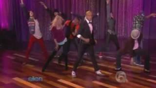 getlinkyoutube.com-This Is It dancers - Michael Jackson - Live On Ellen Show 10-29-2009