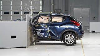 getlinkyoutube.com-2014 Nissan Juke small overlap IIHS crash test