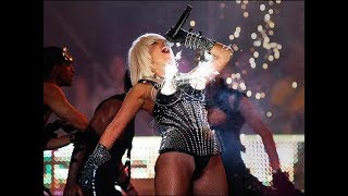 getlinkyoutube.com-Lady Gaga's Best Performance Ever (Live at Much Music Awards 2009)