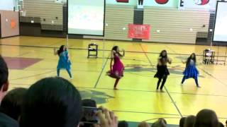 getlinkyoutube.com-Fevicol and Balam Pichkari - Bollywood Dance