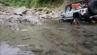 getlinkyoutube.com-Jeep Wrangler Rubicon Predator Tracks in Taiwan