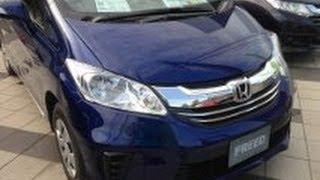 getlinkyoutube.com-HONDA 新型フリード  ガソリン車にエンジンをかけてみた!
