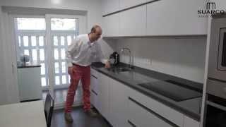 getlinkyoutube.com-Video cocinas modernas Blancas sin tiradores