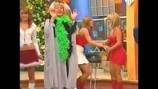 getlinkyoutube.com-Upskirts retros - Ingrid Coronado enseñando calzón blanco y pucha abultada