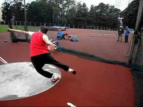Discus throw training 13-06-2011