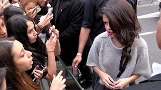 getlinkyoutube.com-Selena Gomez confront a fan at NRJ radio station in Paris !