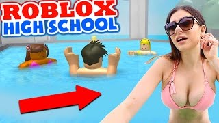 getlinkyoutube.com-ROBLOX HIGH SCHOOL: Swimming With The New Girl W/ Azzyland (Roblox Gameplay)