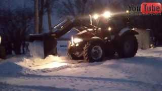 getlinkyoutube.com-Zima 2014 - Odśnieżanie & Ciąganie tira z paszą |HD|