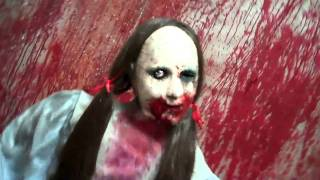 getlinkyoutube.com-creepycollection.com presents Cackling Kimie box sitter Electric Animatronic