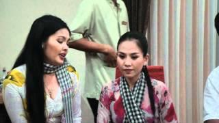 getlinkyoutube.com-Trích Đoạn Nửa Đời Hương Phấn - Nghệ Sỹ Diệp Thanh Hằng