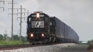 getlinkyoutube.com-Trains of the Norfolk Southern Harrisburg Line August 2009