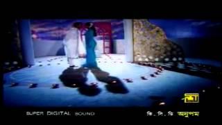 getlinkyoutube.com-Bangladesh Third grade hot and sexy movie songs.flv