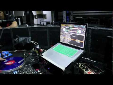 DJ Flipside of Jumpsmokers at Coyote Bar Surabaya
