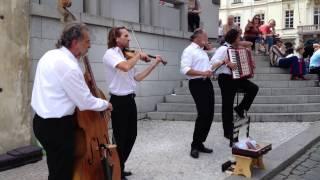 getlinkyoutube.com-Praga Castle Orchestra - Orchestra del castello di Praga